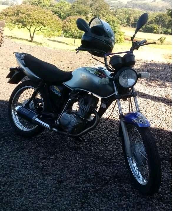 Morador de Ampére pede ajuda para encontrar moto furtada