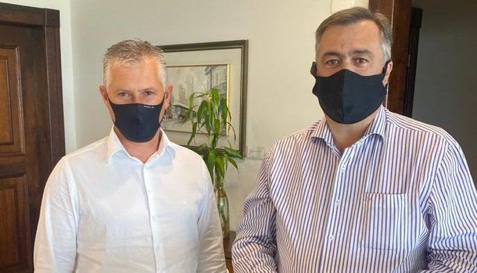 Presidente da Amsop, conversa com o secretário Beto Preto sobre situação da saúde no Sudoeste